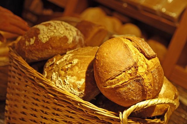 bread-1812560_640